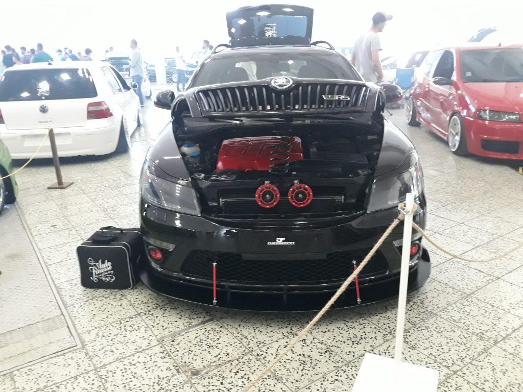 autosalon